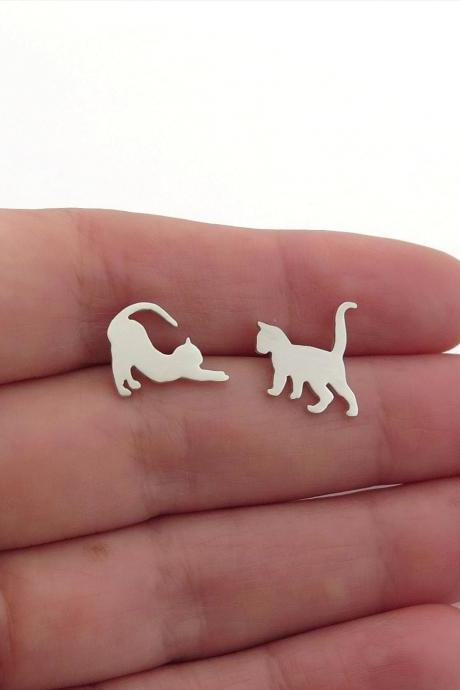 Cats Earrings - Sterling Silver Mismatched Cats Studs - Cat Lover Gift